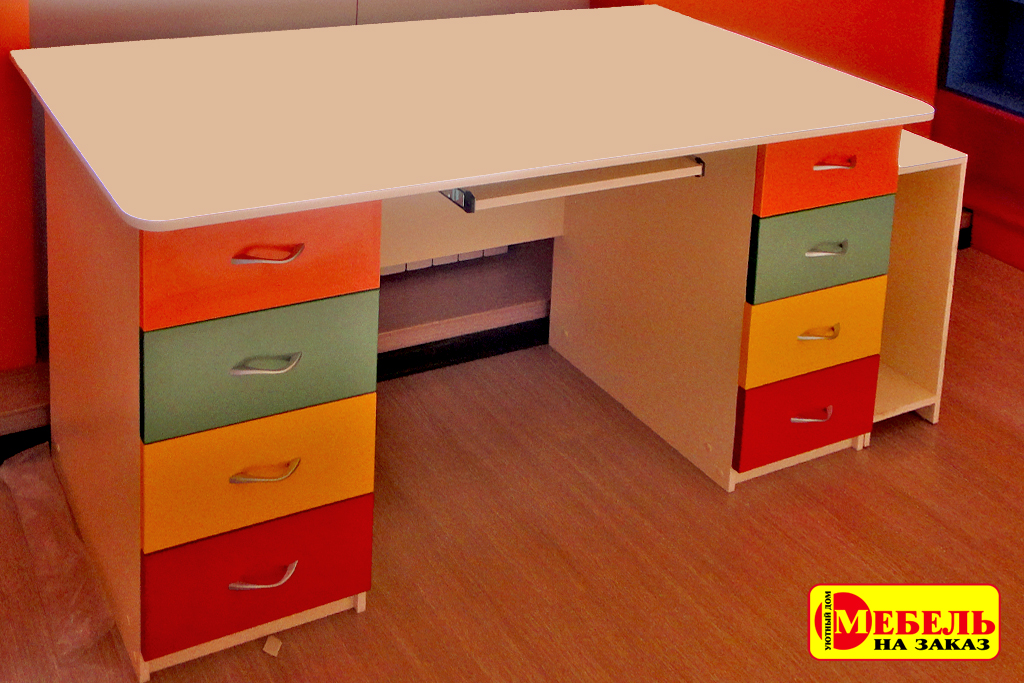 Столы письменные мебель на заказ.